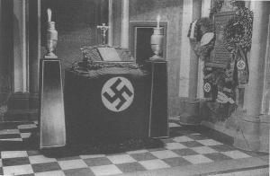 nazi_altar2